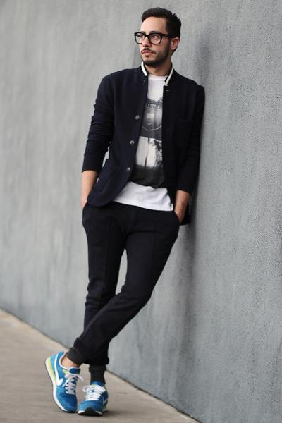 navy Club Monaco blazer - white Element shirt - navy jogger Zara pants