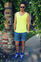 light yellow tank top American Apparel top - light blue H&M shorts
