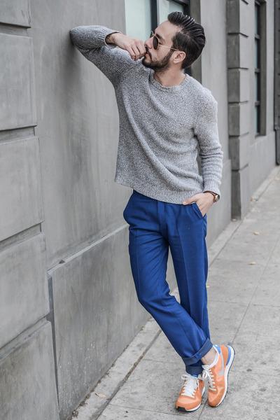 dark brown Filippo Loreti watch - silver Jacob Holston sweater