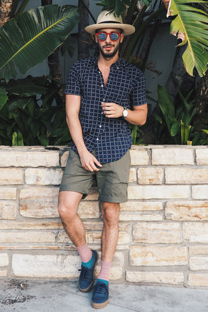 navy Vans shoes - tan JCrew hat - navy Uniqlo shirt
