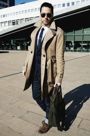 brown Zara shoes - beige trench coat Burberry coat - navy H&M jeans