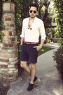 Black-royal-elastics-shoes-white-h-m-shirt-navy-obey-shorts