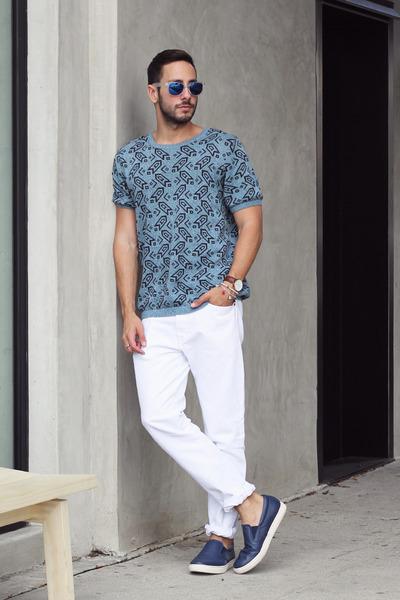 blue Skechers shoes - white Levis jeans - teal Topman shirt