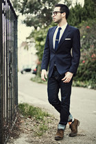 navy Givenchy blazer - brown Zara shoes - navy denim H&M jeans