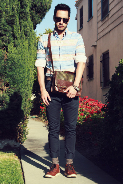 dark brown studded ecote bag - light blue Naked & Famous shirt
