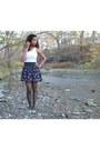 Navy-floral-forever-21-skirt