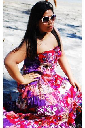 pink dress