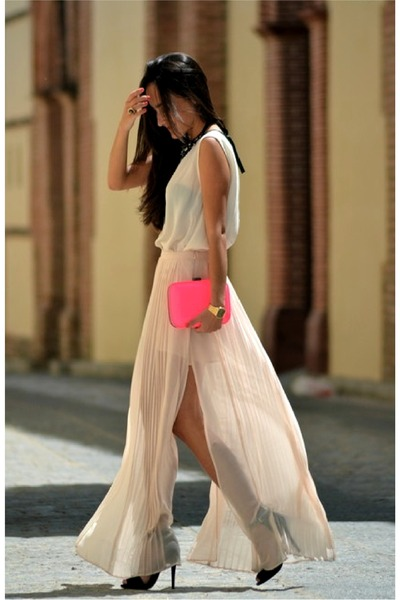 neutral skirt - bubble gum purse - off white top