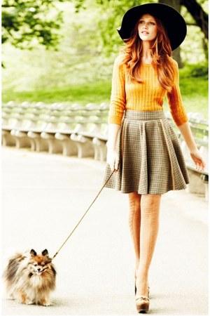 heather gray skirt - black hat - light orange sweater