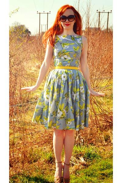 light blue dress - yellow belt