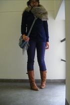 beige Bauhaus scarf - brown shoes - purple self dyed Insight jeans