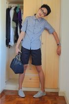 silver top - black shorts - black purse - gray shoes