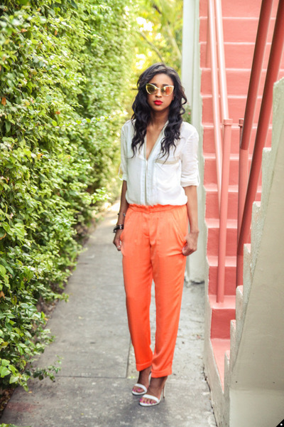 orange bcbg max azria pants - gold Tom Ford sunglasses