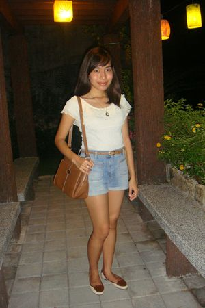 gray random brand from greenhills top - Topshop shorts - from Robinsons Departme