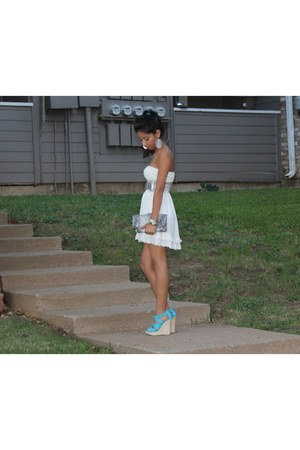Charlotte Russe wedges - Forever 21 dress