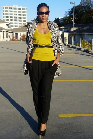yellow f21 sweater - black Zara pants - byblos cardigan