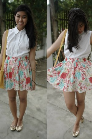 bubble gum floral Forever 21 skirt
