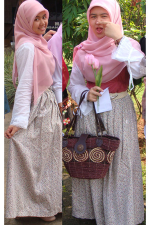 bubble gum scarf - brown bag - coral vest - white top - cream floral skirt skirt