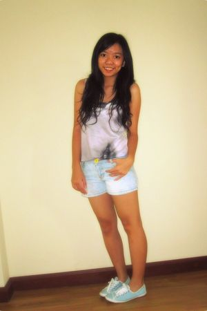 white Mango blouse - green Zara shorts - blue Converse shoes