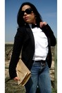 Navy-jeans-black-h-m-blazer-white-zara-shirt-bronze-its-gold-h-m-bag