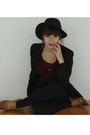 Black-h-m-trend-hat-maroon-vintage-sweater-black-zara-pants