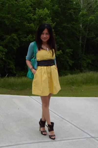 Forever21 dress - Wet Seal belt - random - Bakers shoes - alloy purse