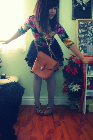 I thrifted bag - studded heels Parasian shoes - Sirens shirt