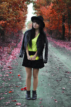 neon yellow H&M top - wide black h&m divided hat - black roses 3d skirt