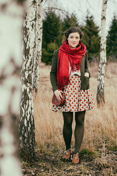 ruby red old scarf - tawny oxford Ambra shoes - ruby red handmade dress