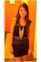 Topshop belt - Forever 21 skirt