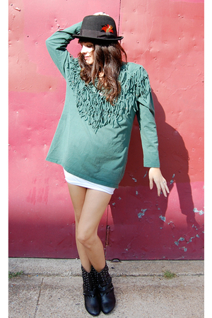 black Urban Outfitters hat - green vintage from Ebay shirt - white We Love Color
