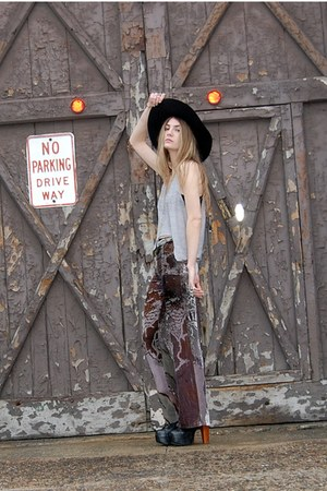 black mr floppy Forever 21 hat - heather gray burnout tank vintage DIY tank top