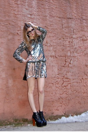 silver Rock Paper Vintage dress - black litas Jeffrey Campbell heels