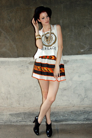 white versace Rock Paper Vintage shirt - carrot orange Rock Paper Vintage skirt