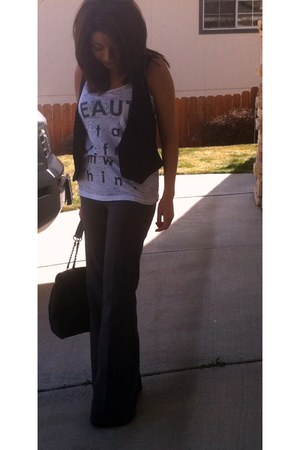 off white Forever 21 shirt - black Forever 21 bag - charcoal gray vintage pants