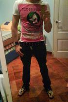 John Galliano t-shirt - John Galliano screwed belt - John Galliano polish pants