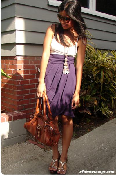 vintage skirt - vintage necklace