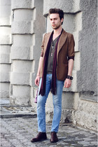 crimson vintage shoes - light blue Zara jeans - brown H&M jacket - heather gray