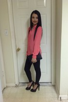 black leggings - black bag - black heels - salmon top - aquamarine necklace