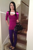 sky blue necklace - deep purple jeans - black purse - magenta top