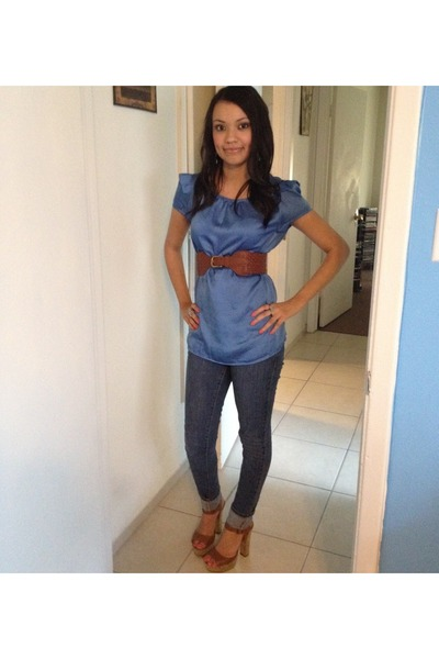 brown belt - sky blue top - brown heels