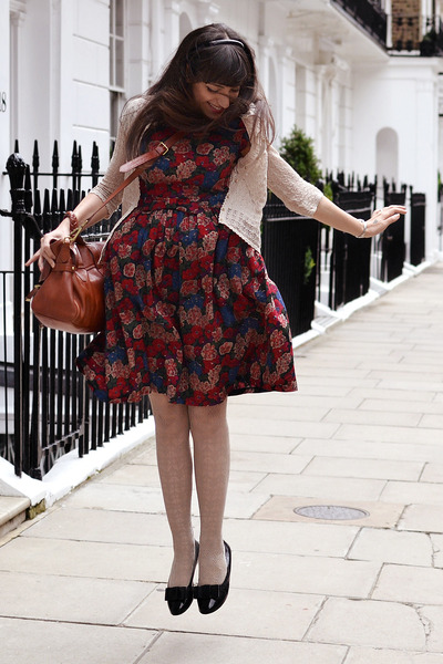 maroon katie-louise ford dress - off white vintage tights - tawny Lush bag