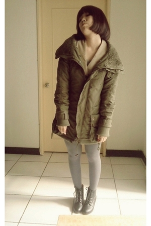 green jacket - silver tights - black boots - beige vest - silver top