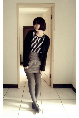 top - sweater - skirt - tights - shoes
