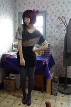 silver t-shirt - black skirt - gray tights - gray shoes