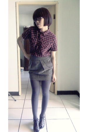 shirt - skirt - tights - shoes