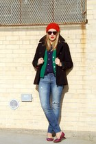 ruby red floppy hat madewell hat - blue madewell jeans