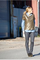 dark khaki gold sequin tee H&M t-shirt - gray skinny jean EmersonMade jeans