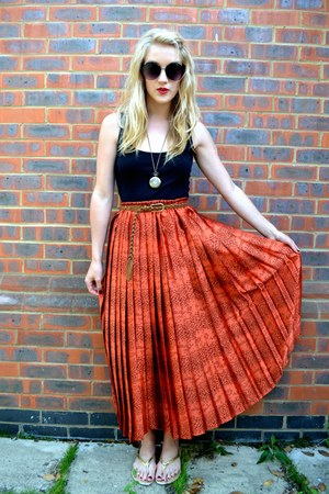 burnt orange silky pleated GlowVintage skirt