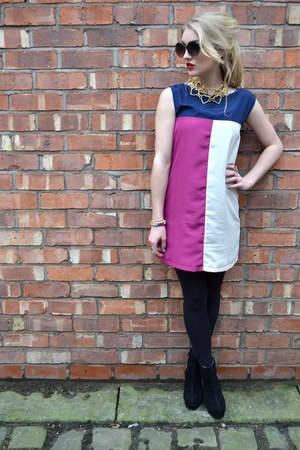 gold vintage necklace - black stylistpick boots - navy Madam Rage dress